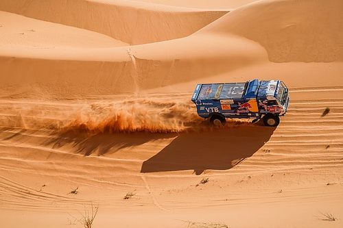 Dakar, Camion, Tappa 7: ancora un tris Kamaz