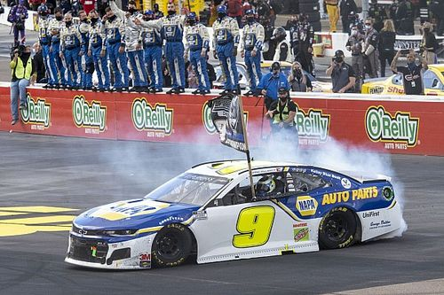 Chase Elliott wins the 2020 NASCAR Cup Series championship