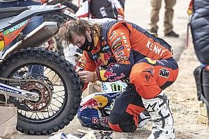 Price surprised to complete stage on damaged tyre