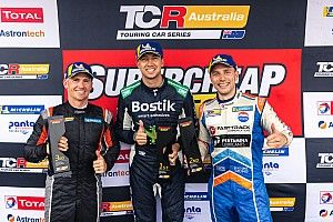 Phillip Island TCR: Mostert romps to record win