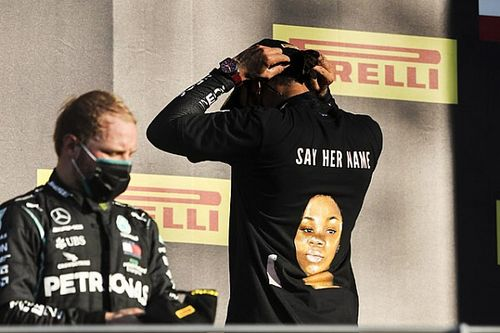 Mercedes apoya a Hamilton por su camiseta antirracista