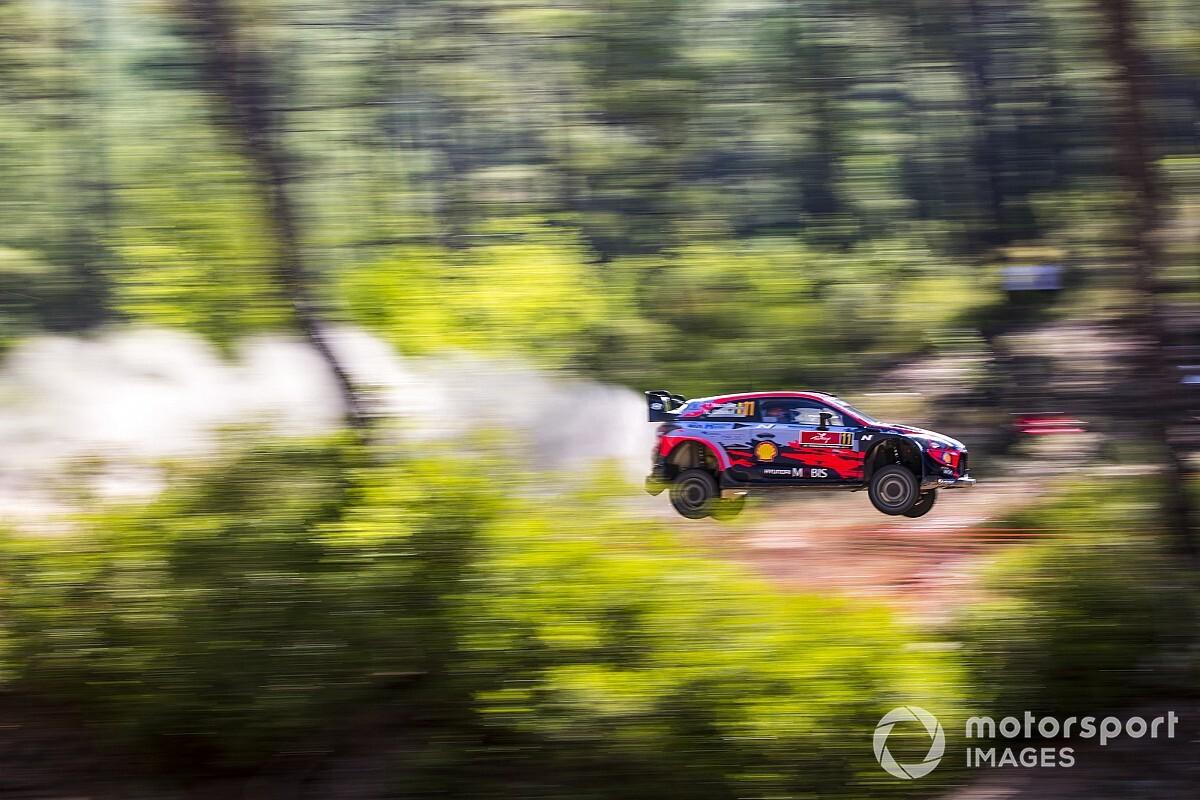 WRC Türkiye Rallisi: Günün lideri Neuville, Loeb 2.!