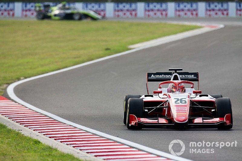 Armstrong revive sus opciones al título en F3
