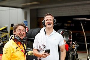 """Ralf Schumacher: """"Vettel özür dilemeli"""""""