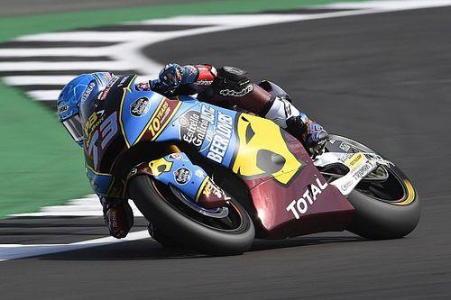 Moto2, Silverstone: pole da record per Marquez, Luthi cade ed è 12°