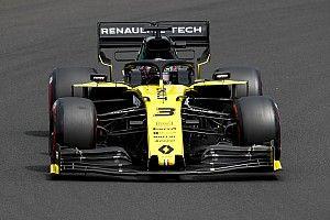 """Ricciardo diz que a Renault precisa dar """"passos maiores"""""""