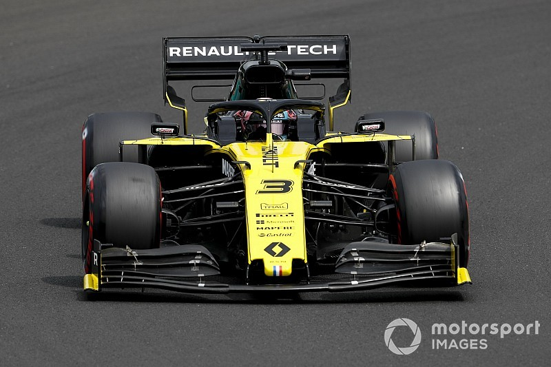 "Ricciardo: Renault needs ""bigger steps"" in 2020"