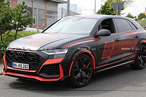 Vörös-feketében látható új kémfotókon az Audi RS Q8