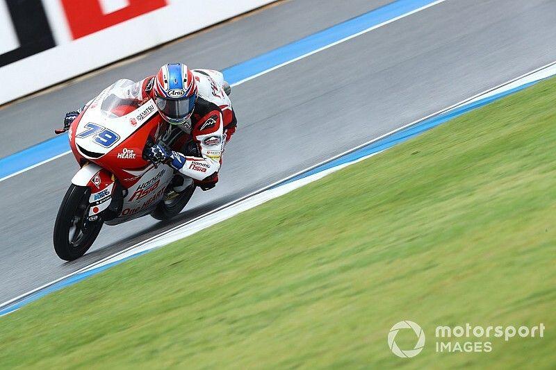 Moto3, Motegi, Libere 3: sul bagnato svetta Ogura, terzo Migno
