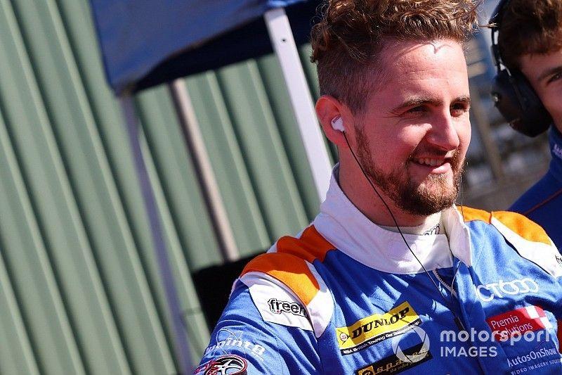 Silverstone BTCC: Tordoff grabs first 2018 pole by 0.018s