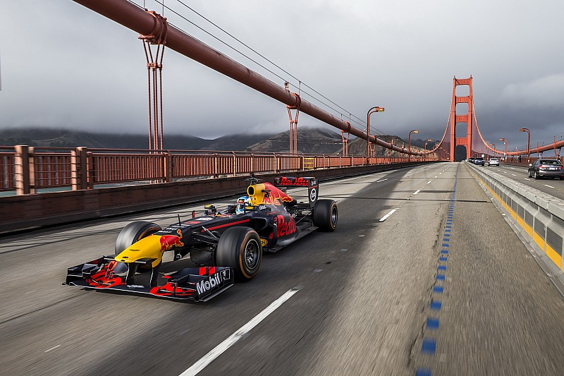 Photos - Ricciardo emmène Red Bull dans un road trip US