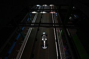 GALERI: Suasana dan aksi kualifikasi GP Singapura