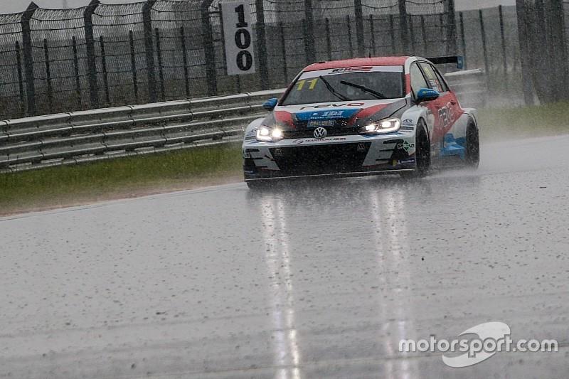China: a Ningbo arriva il nubifragio in Gara 3, bandiera rossa e vittoria al TeamWork Motorsport