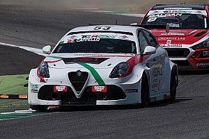 Adriano Bernazzani sulla Alfa Romeo di Otto Motorsport ad Imola
