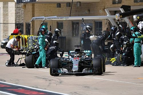 """Mercedes """"made it hard for ourselves"""" in US GP - Hamilton"""