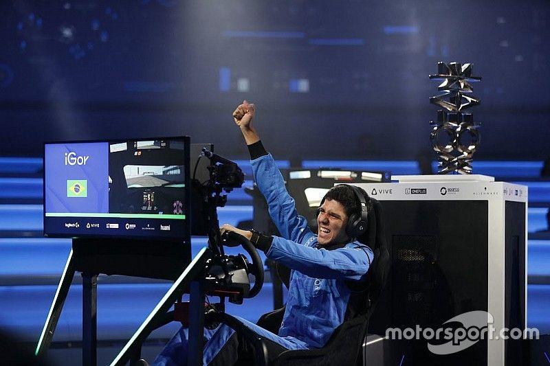 F4 driver Fraga wins McLaren's Shadow Project