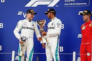 Kulisszatitkok Szocsiból: Hamilton nem locsolta le Putyint, Bottas nem tálalt ki, Verstappen jó tanácsa