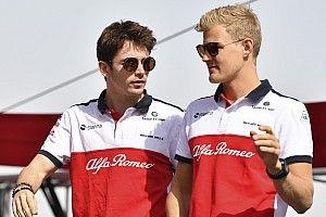 """Ericsson espère que Leclerc """"bottera des culs"""" chez Ferrari"""
