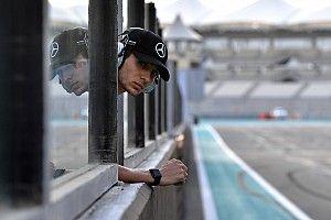 2020'de F1'e dönmek isteyen Ocon, 2019'da Hamilton ve Bottas'a yardım edecek
