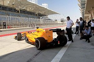 Alonso balik geber mobil F1 di Bahrain
