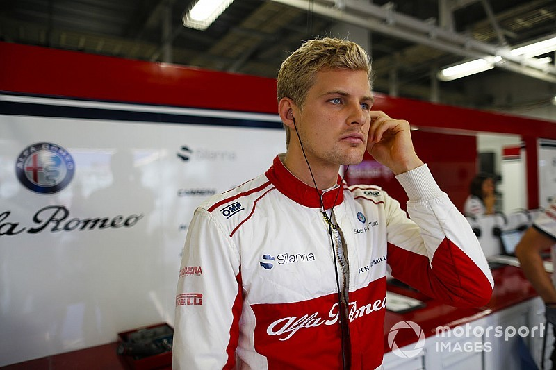 "Ericsson admits Sauber exit timing ""hurts"""