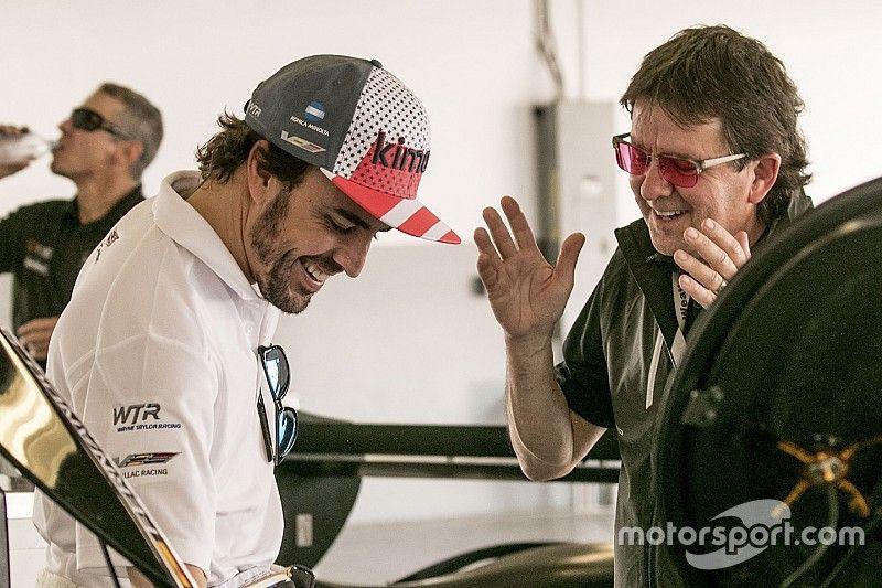 Alonso e Kobayashi se encaixaram bem à equipe, diz parceiro