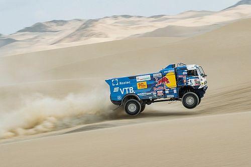 Dakar, camiones, etapa 3: Karginov se impone y De Roy sufre problemas