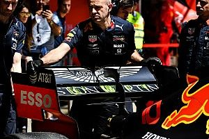 Kumpulan foto hari pertama tes F1 Barcelona