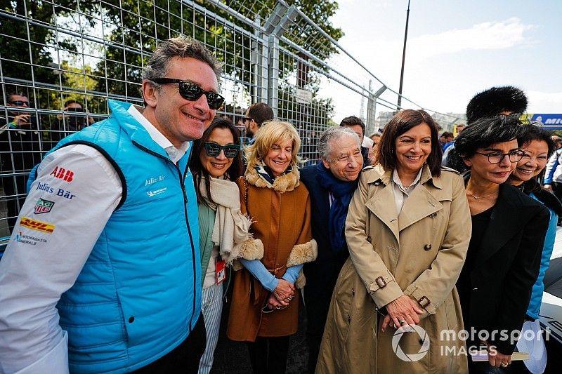 La Fórmula E cambió su vestimenta en París por los 'chalecos amarillos'