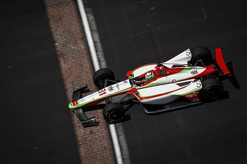 Video: O'Ward maakt kennis met muur tijdens Indy 500-training
