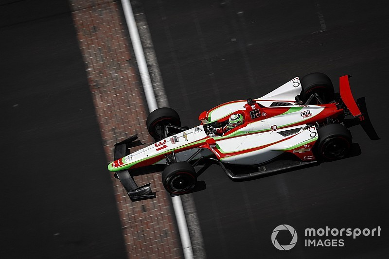 O'Ward crashes at Indy, gets airborne, walks away