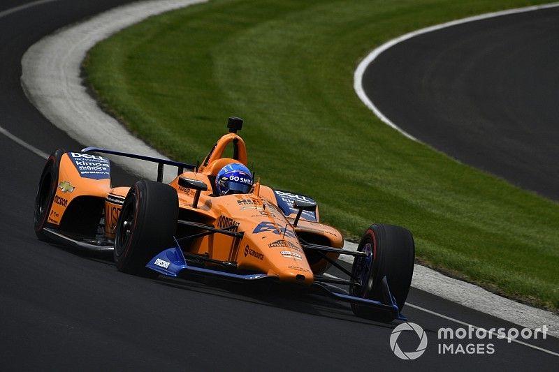 Az idei győztes szerint Alonsónak egy teljes szezont kellene vállalnia az Indycarban