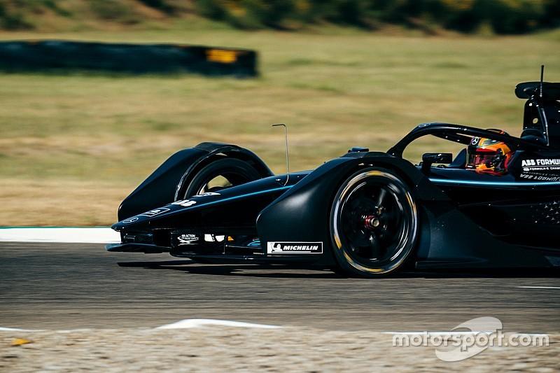 Újabb sikeres teszt a Mercedesnél a Formula E-ben
