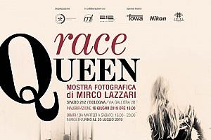 """Inaugura a Bologna """"Race Queen"""", la mostra del fotografo Mirco Lazzari sulle ombrelline"""