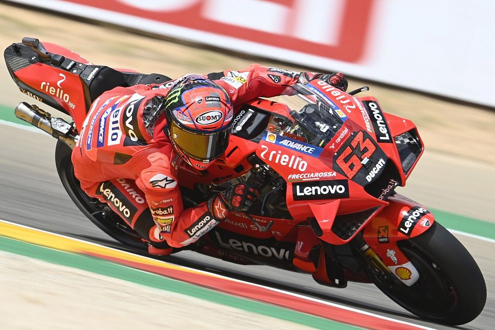 MotoGP: Bagnaia voa em Aragón e conquista pole position