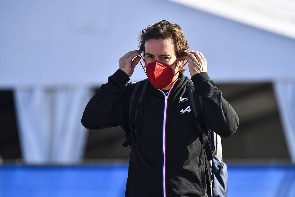 Fernando Alonso tavaly két pilóta miatt kapcsolta be a TV-t