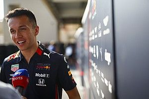 "Albon feels like he ""floated"" through rookie F1 season"