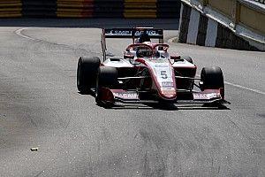 Версхор выиграл гонку Ф3 в Макао, Шварцман сошел на первом круге