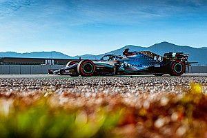 Mercedes simulerà le ruote sterzanti posteriori?