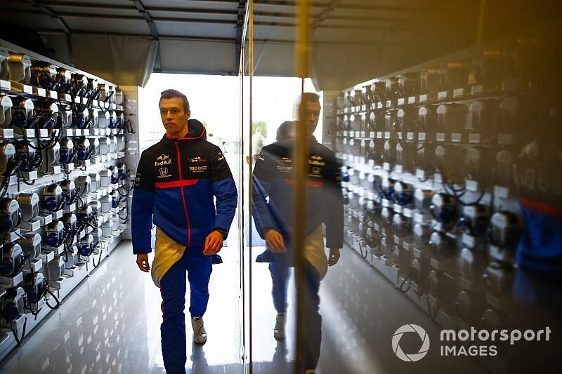 """F1: Kvyat diz que punição nos EUA """"foi estúpida e inaceitável"""""""