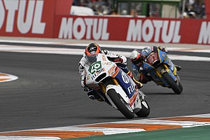 Fernandez grabs Moto2 ride vacated by champion Marquez
