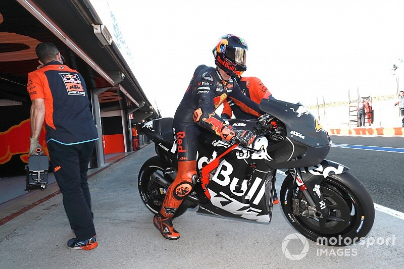 Espargaro 'shocked' to match Marquez with new KTM