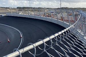 Az első kör a zandvoorti F1-es pályán (videó)