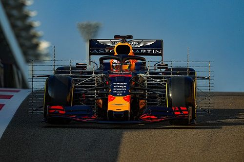 In beeld: Opvallende foto's van de F1-test in Abu Dhabi