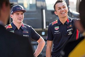 "Verstappen will ""speed up"" Albon's Red Bull adaptation"