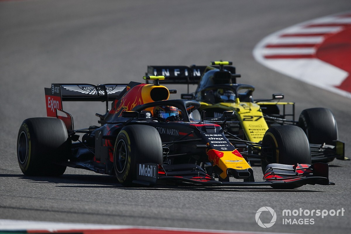 "Renault staff worked at Red Bull in ""unthinkable"" scenario"