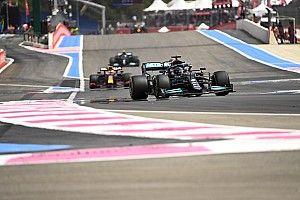 """Hamilton : """"Ma seule option était de rester en piste"""""""