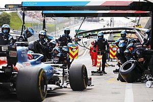 FIA, pit stop kısıtlamasını Belçika GP'ye kadar erteledi