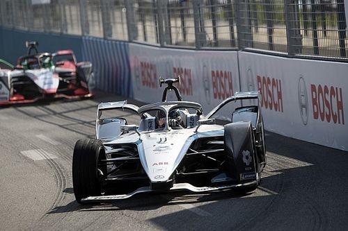 """F-E- Mercedes diz que """"falhou massivamente"""" na busca por consistência após sexta corrida sem pontos"""