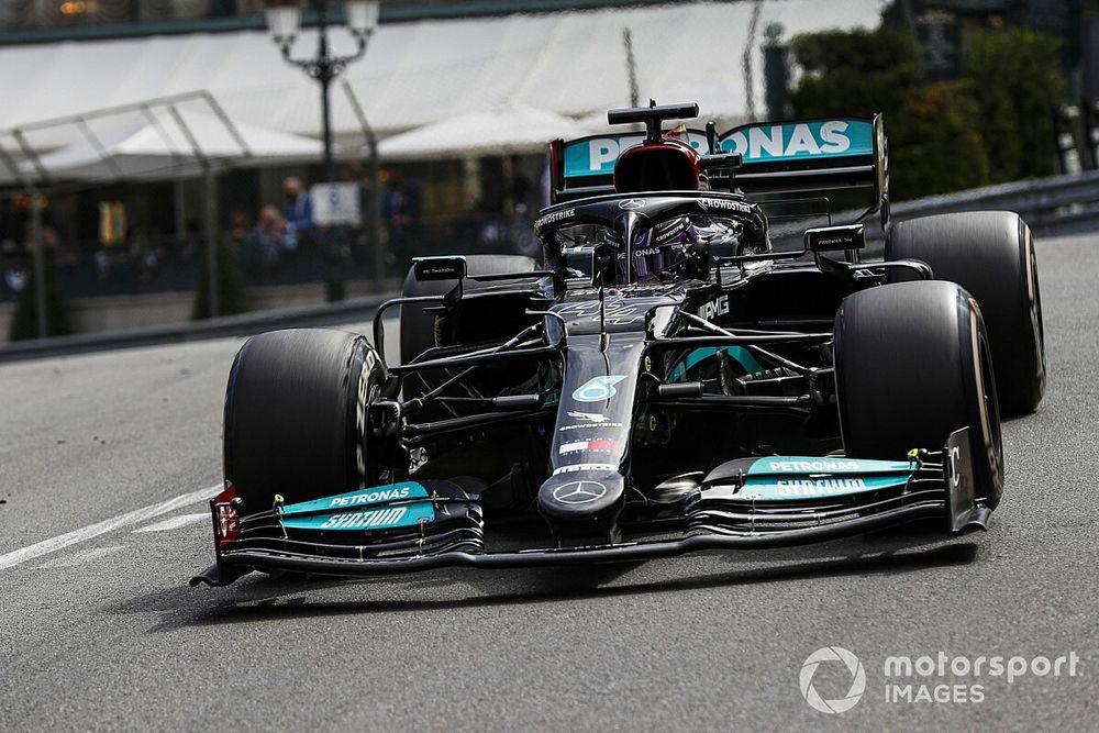 """F1: Mercedes acreditava que estratégia de Hamilton tinha """"potencial maior"""""""